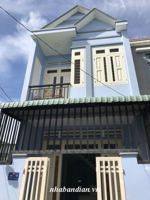 Bán nhà lầu giá rẻ đường thông 5m gần Bệnh viện thị xã Dĩ An
