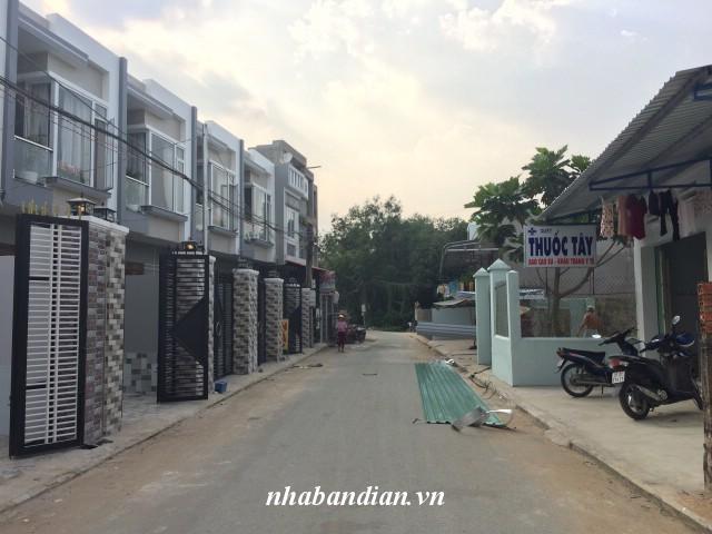 Bán nhà mặt tiền kinh doanh buôn bán 80m2 gần Bệnh viện thị xã Dĩ An