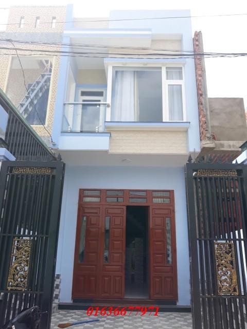 Bán nhà Dĩ An 1 trệt 1 lầu nằm trên đường lớn Nguyễn Trung Trực
