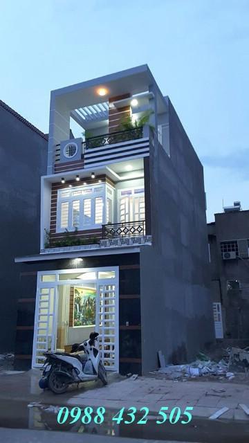 Bán nhà phố hiện đại ba lầu Khu dân cư Bình Thung đường Quốc Lộ 1K