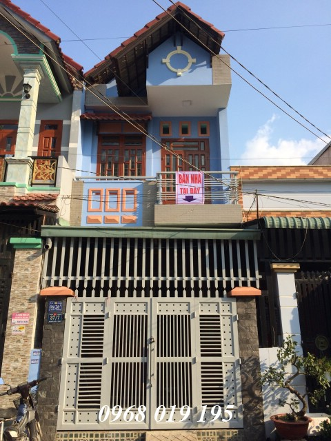 Bán nhà 68m2 ngay chợ Tân Long đường 10m thông thoáng
