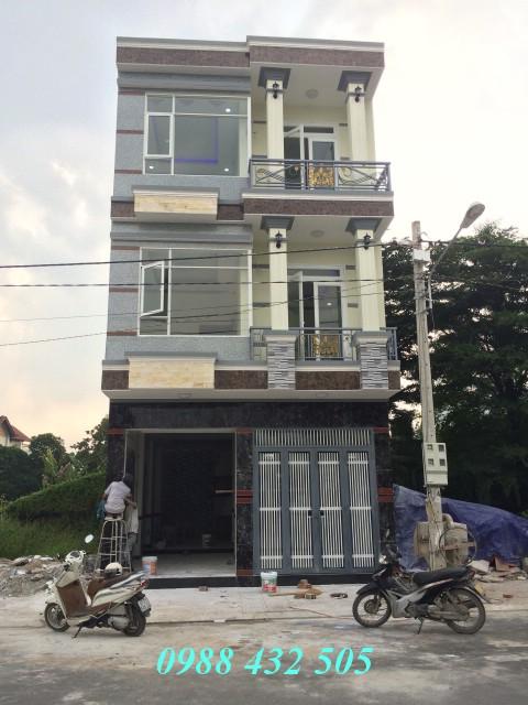 Bán nhà biệt thự khổ đất rộng đẹp gần Bệnh viện thị xã Dĩ An