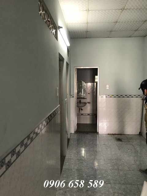 Bán nhà lầu 69m2 gần Bệnh viện thị xã Dĩ An giá 1 tỷ 860 triệu