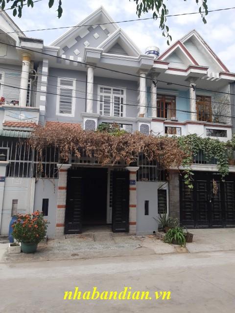 Bán nhà dĩ an 60m2 gần chợ Tân Long
