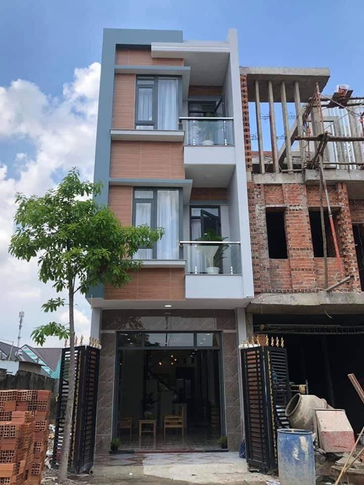 Nhà phố đẹp lộng lẫy ở khu phố Tân Hòa, phường Đông Hòa, Dĩ An